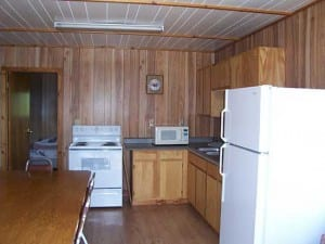 Bayview Kitchen, French River Cottages, Bear's Den Lodge