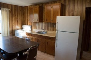 Self-Catered, All-inclusive American Meal Plan, Kitchen, French River Cottages, Bear Cub