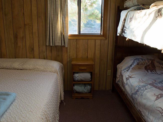 French River lodge cottage accommodation, adult sized bunk beds